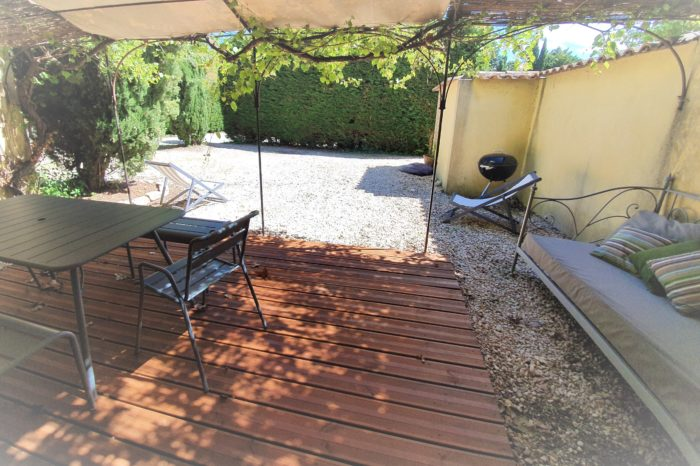 Outdoor terrasse bbq and sofa